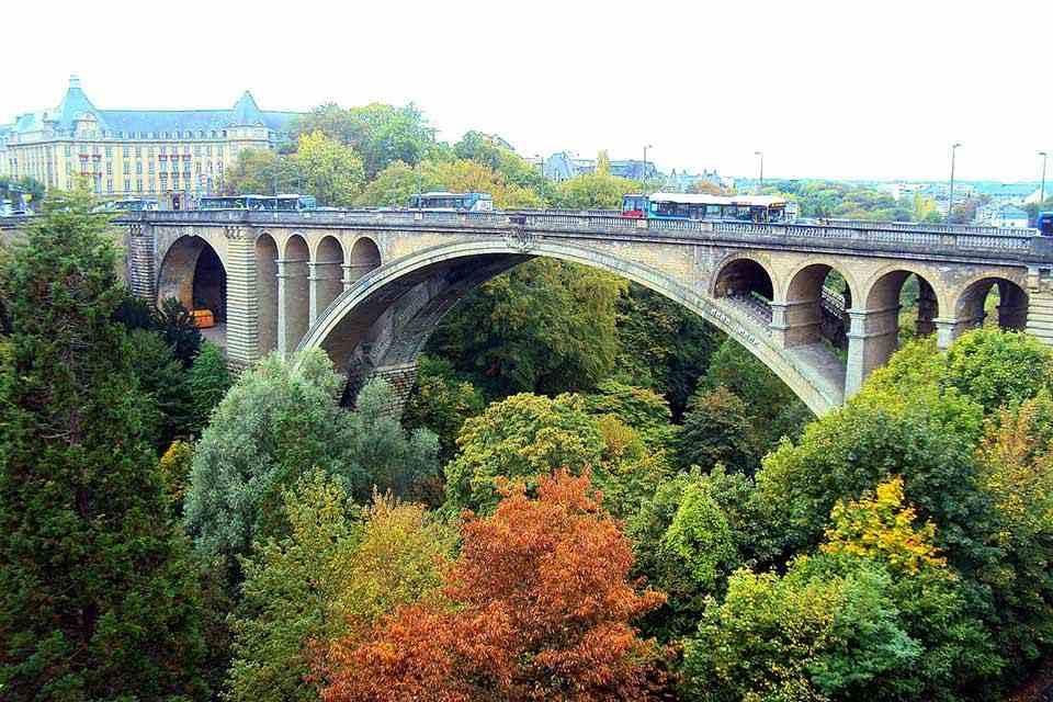 tour-chau-au-9n8d-duc-luxembourg-ha-la-bi-phap-20