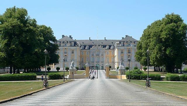 Lâu đài Augustusburg và Falkenlust