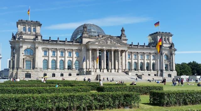 Reichstag hiện là toà nhà Quốc hội Đức