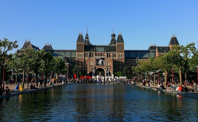 Rijksmuseum - Địa điểm du lịch nổi tiếng ở  Amsterdam