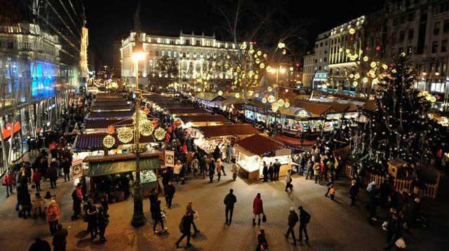 Chợ giáng sinh Budapest