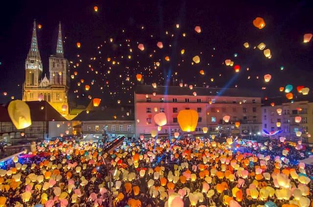 Chợ Giáng Sinh Zagreb